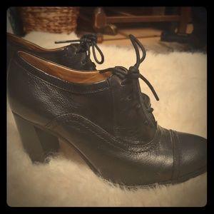 NineWest Nostalgia leather ankle heel boot